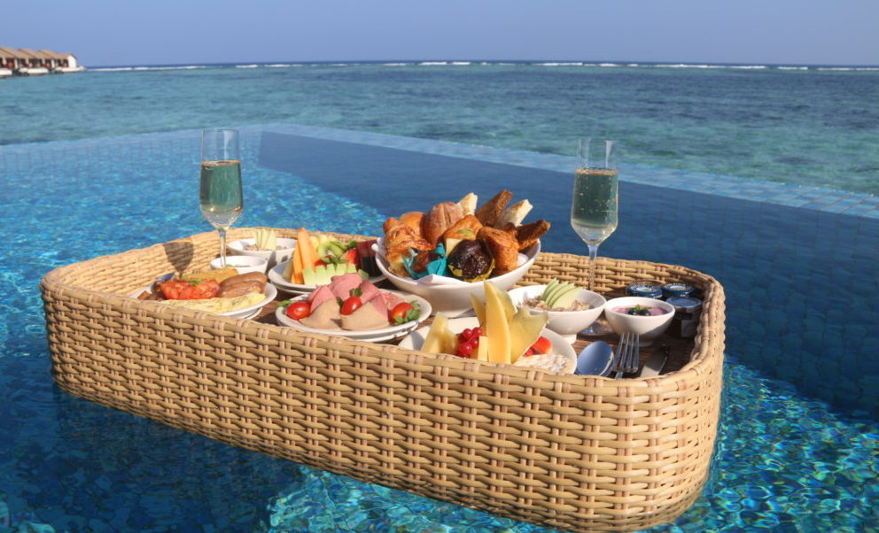 """(English) The Residence Maldives offers a special """"Wine & Dine"""" tasting menu at the suggestive """"The Falhumma"""" overwater restaurant."""