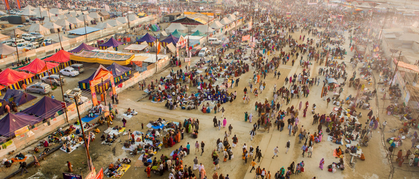 (English) The unusual India, on the occasion of the Kumbh Mela festival: a unique experience to deeply know a culture completely different from ours.
